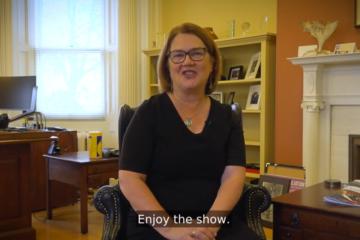 Dr. Jane Philpott sitting in her office