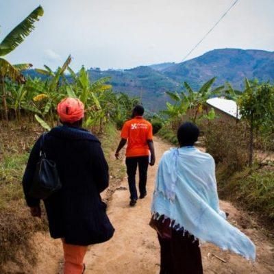 Rwanda_0916_BureraHomeVisit-Therese_CAvila_008_web